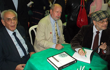 Doctors Luiz Fernando Ferreira, Karl Reinhard and Adauto Araújo (the book Editors) at the book launch at the Oswaldo Cruz Foundation, Rio de Janeiro